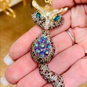 Betsey Johnson 🦊Foxy🦊 Fox Gold Crystal Necklace